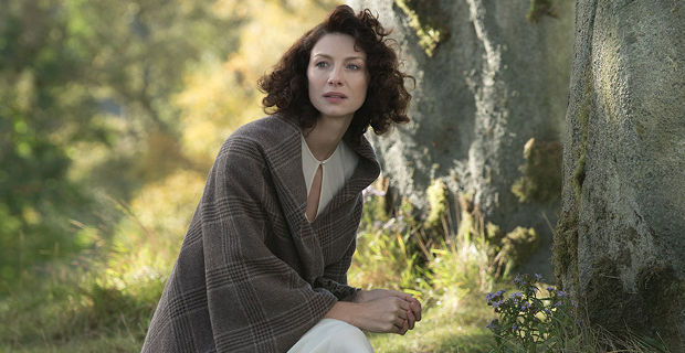 Outlander Season 1 Premiere Claire Outlander Behind The Scenes