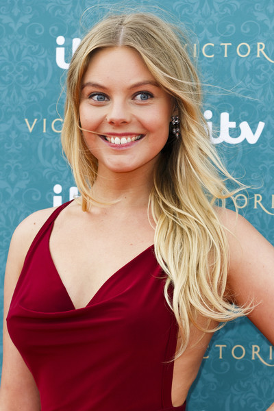 Nell Hudson nude 117
